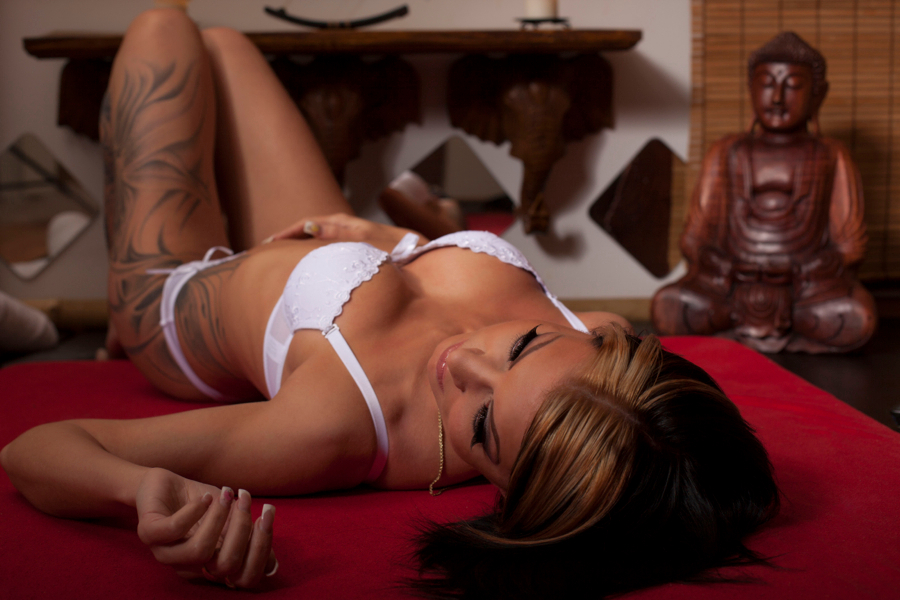tantric naturist massage sex massage in budapest