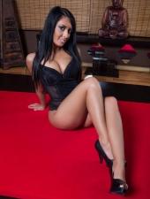 berni-erotic-massage-sexy-masseuse-lingam-fourhand-budapest-massage-house-srgb-03