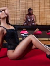 berni-erotic-massage-sexy-masseuse-lingam-fourhand-budapest-massage-house-srgb-06