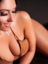 berni-erotic-massage-sexy-masseuse-lingam-fourhand-budapest-massage-house-srgb-26