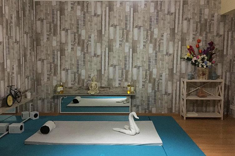 Room of Vintage erotic massage parlour room