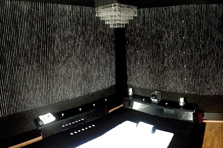 shine-of-the-west massage room